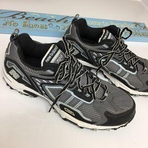 NEW BALANCE Women's All Terrain Running Shoes